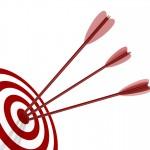 """Per iniziare l'impresa e soprattutto per non perdersi lungo il percorso, occorre aver chiaro l'obiettivo. Perché lo sto facendo? Per """"chi"""" lo sto facendo? Declinate le domande come meglio credete, ma, senza un target, la mia freccia è destinata ad andare a vuoto. Dal bersaglio motivazionale derivano i passi seguenti, per cui: puntate, mirate, fuoco!"""