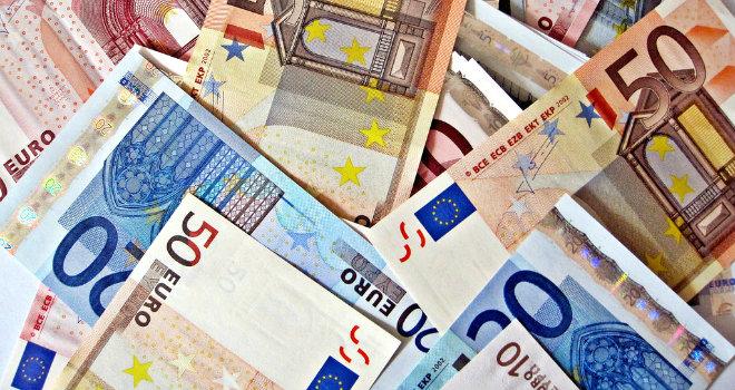 euro-bills