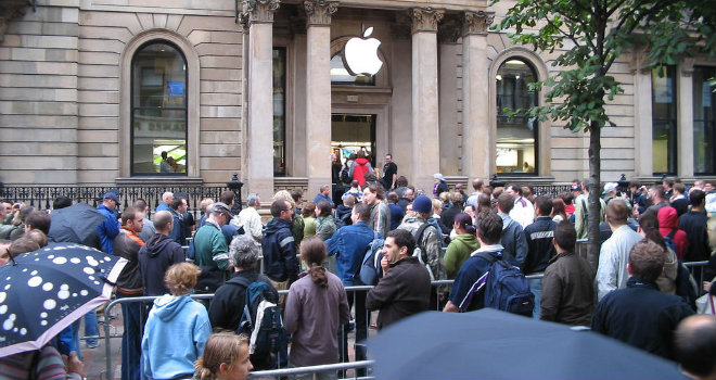 apple-store-opening-3
