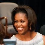 First Lady degli Stati Uniti d'America ha conseguito il suo J.D. nel 1988. La First Lady amata e apprezzata in tutto il mondo nasce e cresce a Chicago, si laurea a Princeton e alla Harvard Law School. Tornata a Chicago, lavora come avvocato associato nella società di rappresentanze legali Sidley Austin, dove conosce Barack Obama.