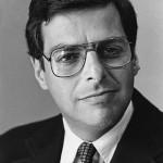 Questa equazione permette ai professionisti di finanza di calcolare il valore dei prodotti finanziari. Fisher Black e Myron Scholes elaborano il loro modello – l'equazione di Black e Scholes – basato sull'idea che la valutazione di un contratto dipenda unicamente dai termini del contratto e dalla volatilità del titolo sottostante. Nel 1997, per la teoria sul prezzo delle opzioni, Scholes vincerà il premio Nobel per l'Economia assieme a Robert C. Merton.