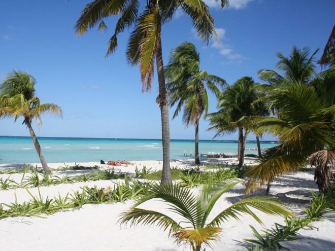 playa-norteisla-mujeresmexico