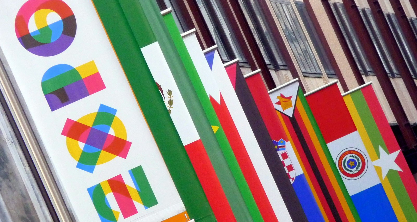 expo_2015_flags__milano