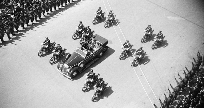 Hitler_Napoli_1938