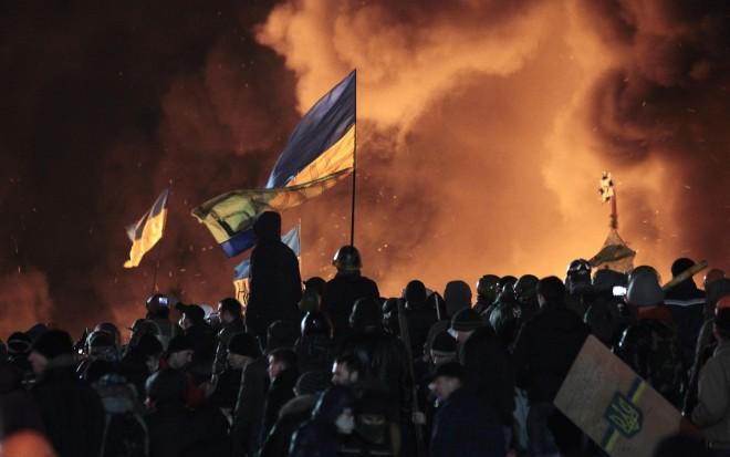 Violenti scontri nella notte a Kiev