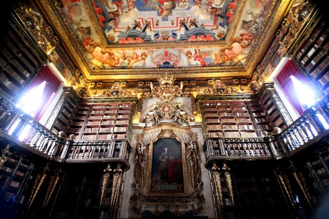 Biblioteche più Famose Coimbra Library