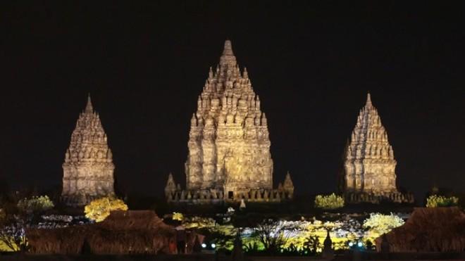 Prambanan - notte