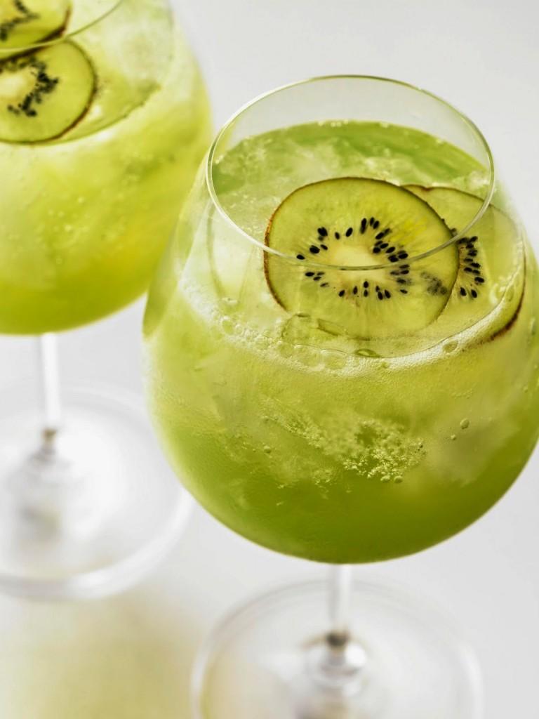 I 10 cocktail dell 39 estate smartweek for Cocktail kiwi
