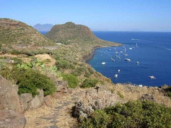 Isole Italiane isola-vulcano