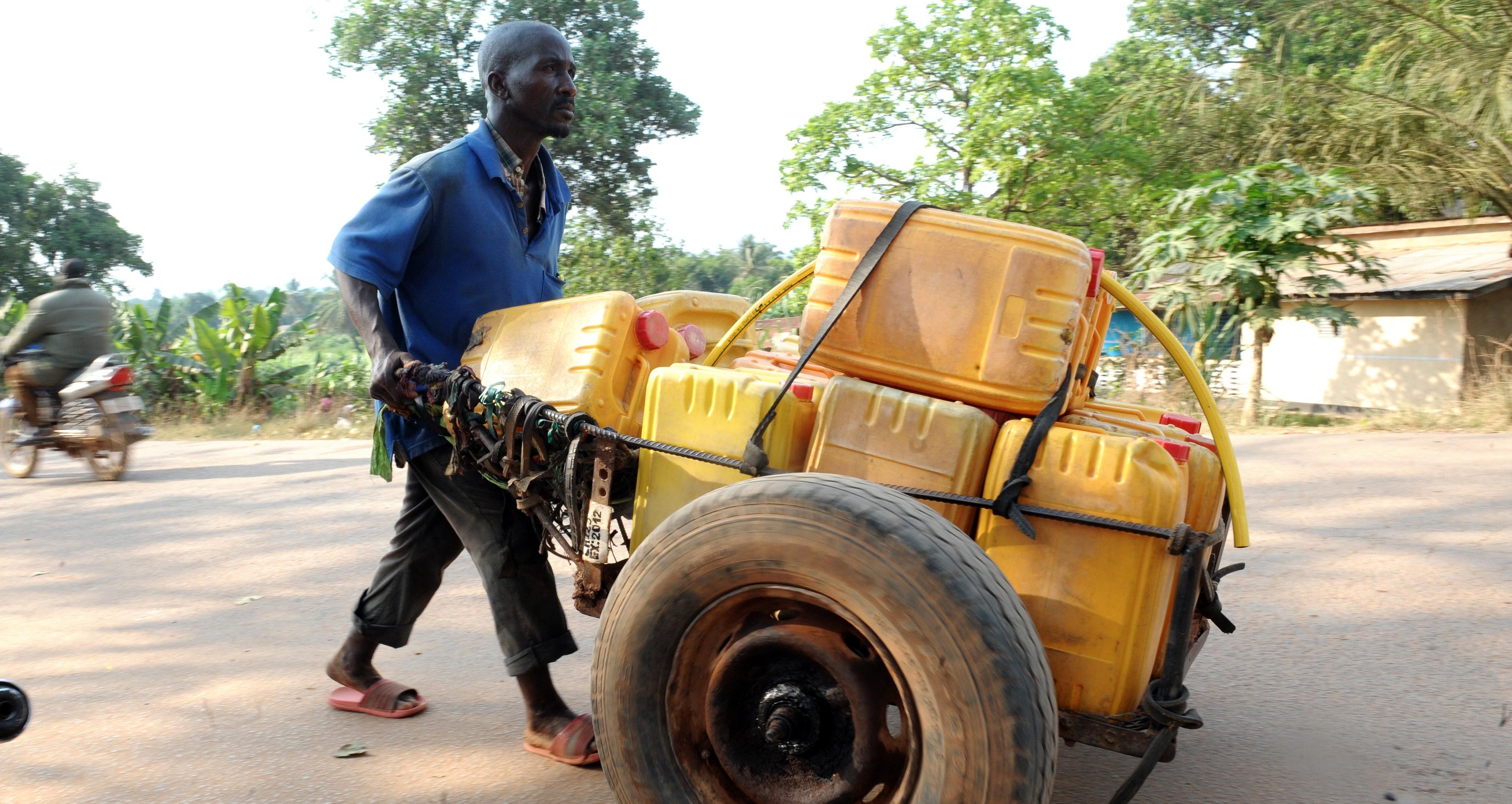 GUINEA-HEALTH-EBOLA-DAILY-LIFE