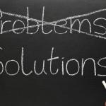 """Berkowski suggerisce che il modo migliore per iniziare è quello di individuare un problema, che non deve essere necessariamente correlato a smartphone o applicazioni, ma si può iniziare pensando a piccole difficoltà condivise da molte persone e a come si può intervenire per migliorare. """"Qualcosa che ti dà fastidio e che si può risolvere con la tecnologia: se si tratta di qualcosa che ti disturba personalmente è ancora meglio. Lavorare per risolvere i tuoi problemi è estremamente motivante."""""""