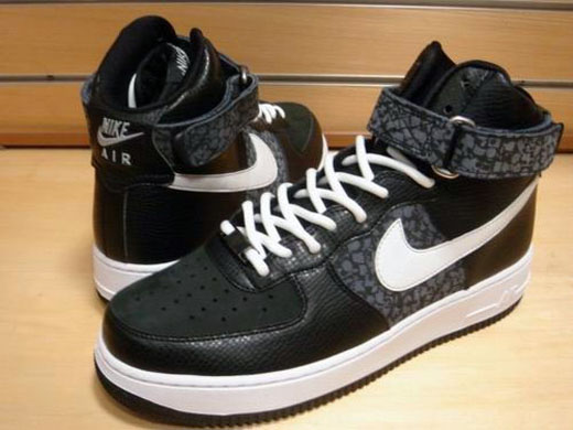 stash-nike-air-force-1-high-blk-2