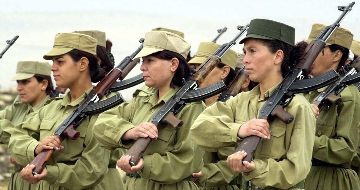 Nella Lotta allo Stato Islamico le Donne Curde sono con i Pesh Merga