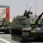Differente è la situazione della Turchia, che si colloca sul secondo gradino del podio. Questo Paese investe annualmente circa 16 miliardi di dollari nella difesa; si tratta di una cifra nettamente inferiore rispetto a quella investita dall'Arabia Saudita.  Pertanto, perché considerare quello turco un esercito più forte rispetto a quello saudita? Le ragioni che ci inducono a far ciò sono ricollegabili al carattere nazionale della produzione degli armamenti militari. Avvenendo, questa, all'interno dei confini turchi, è notevole l'abbattimento dei costi rispetto a chi, come altri paesi mediorientali, li importa. La difesa turca consta  di circa 400.000 soldati,  3..700 carri armati e poco più di 1000 aerei.