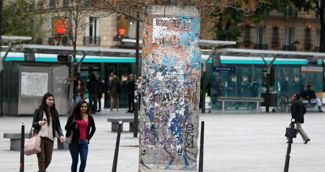 muro berlino parigi