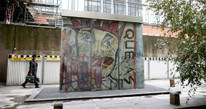 muro berlino paris
