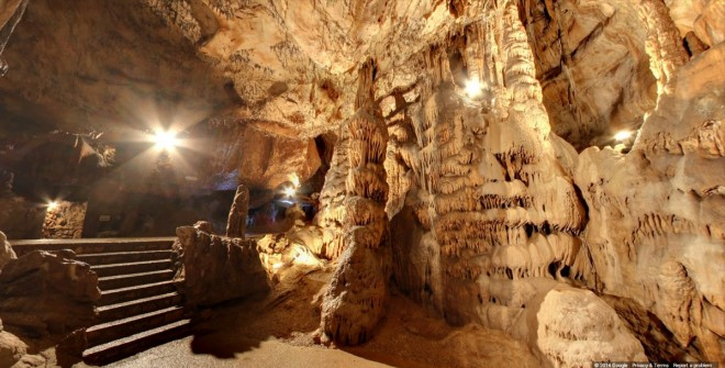 these-are-the-stalactites-of-jasovsk-cave-the-oldest-publically-accessible-cave-located-in-slovakia