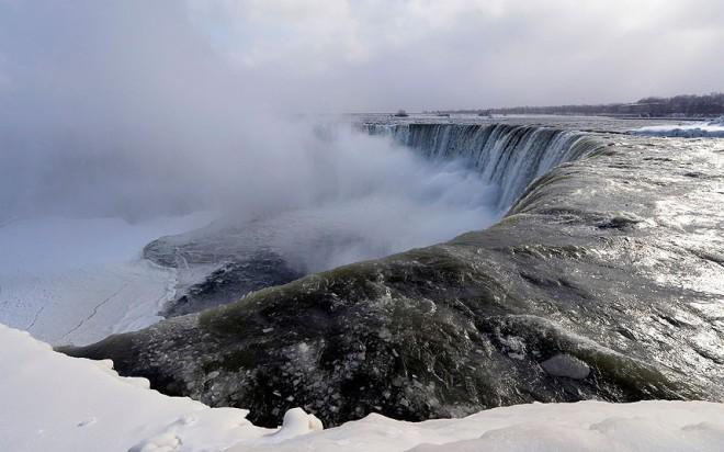 Niagara_frozen_4_2785540k