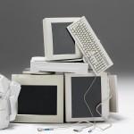 Il modello di computer più venduto al mondo è il Commodore 64. Correva l'anno 1982 e, di anni, ne sono passati trentatré.  Cos' è successo nel frattempo è ben noto. Oggi, tra lo smart working e l'internet delle cose, dobbiamo essere sempre connessi. Ecco che il pc, che era un punto fermo sulla scrivania di casa e dell'ufficio, lascia spazio alla nuova generazione a tablet e portatili ultraleggeri che possono seguirci veramente ovunque.