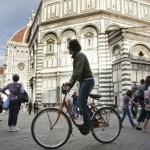Primo capoluogo per numero di parcheggi a pagamento. Dopo Venezia, è al secondo posto per mq di aree pedonali urbane.
