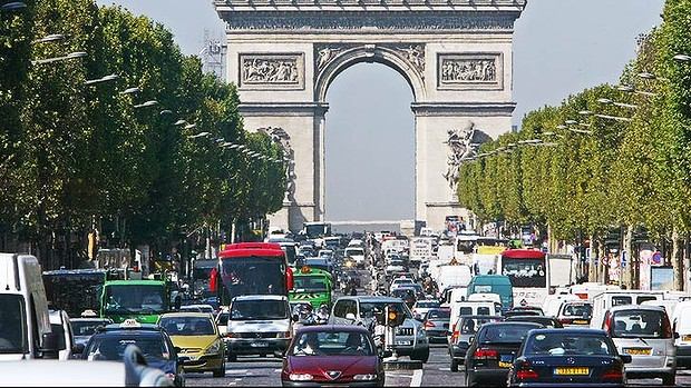 paris-traffic-1_729-620x349