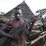 Il Sud Sudan non è solo la nazione più giovane del mondo, ma anche la più fragile. Secondo Foreign Policy, infatti, l'alto tasso di rifugiati, l'illegittimità dello stato, la mancanza di servizi pubblici, la scarsa tutela dei diritti umani, la quasi totale assenza di sicurezza nei confronti della società, la violenza derivante dalle fazioni interne e gli interventi militari esterni necessari a evitare una vera e propria guerra dipingono drammaticamente la situazione in cui versa lo stato africano. Dalla sua indipendenza, datata 2011, il paese ha dovuto affrontare più o meno costantemente una guerra civile che ha dilaniato la popolazione. Il Sud Sudan ha il peggior tasso di mortalità materna nel mondo e il tasso di mortalità infantile la colloca al 16esimo posto tra le peggiori nazioni al mondo.