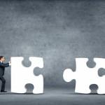 """Queste tecniche fanno leva sul gioco di squadra, sull'organizzazione di promozioni in collaborazione con aziende correlate o collocate sullo stesso territorio. Un piccolo esempio? """"Acquista un prodotto dell'Azienda A ed usufruirai di uno sconto presso l'Azienda B"""", e viceversa. In questo caso l'Azienda A offre un vantaggio ai propri consumatori, e l'Azienda B avrà la possibilità di aumentare il giro di affari contando sui potenziali nuovi clienti."""