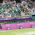 Il Royal Box è la parte di tribuna del campo centrale che contiene 74 posti dedicati ad una selezionatissima élite, tra cui anche i reali. I duchi di Cambridge sono grandi appassionati di tennis, mentre la regina ha presenziato solo nelle edizioni 1957, 1962, 1977 e 2010.
