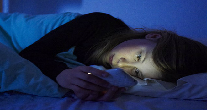 cellulare prima di dormire