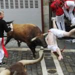 Tra il 1922 e il 2009 la Festa di san Firmino ha fatto registrare 15 vittime, causate dagli animali. I tori più sanguinari della storia furono: Semillero (1947), 2 morti; Reprochado (1969), 1 morto; Palmello (1974), 1 morto; Navarrico (1975), 1 morto; Silletero (1977), 1 morto;  Antioquio (1980), 2 morti; Castellano (1995), 1 morto; Castillero (2003), 1 morto. Il 12 luglio 2004 e il 12 luglio 2007 fecero registrare un totale di 8 corridori feriti. Il record negativo, tuttavia, si registrò il 9 luglio 1994, con un numero record di feriti pari a 107.