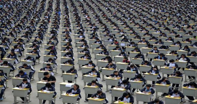 Studenti in Cina: tra stereotipi e droni anti-copioni