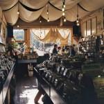 Uno dei negozi di dischi più longevo e meglio rifornito di San Francisco, fondato negli anni '70. Punto di incontro della comunità underground della città, è il  negozio perfetto per voi se siete alla ricerca di dischi di elettronica, punk, dark, metal e rock alternativo,