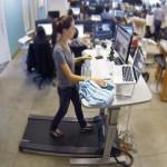 Questi banchi possono essere costosi, ma potrebbe essere considerato un iniziale investimento per la propria salute. La scrivania tapis roulant è stata inventata proprio per aumentare la produttività e la salute dei lavoratori.