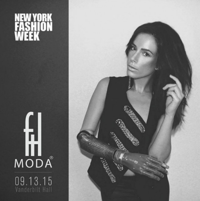 rebekah modella ny fashion week mano bionica