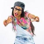 La Superwoman (questo il suo soprannome) di Youtube è un'attrice comica e cantante canadese di origine indiana. La sua bravura è stata premiata con un tour che l'ha portata a esibirsi in 27 città in tutto il mondo, oltre che averle gonfiato il portafogli di 2,5 milioni di dollari.