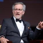 """Steven Spielberg adatterà il classico di Roald Dahl """"Il GGG"""". Bill Hader sarà protagonista, nel ruolo del gigante, accanto al giovane Rubino Barnhill, che interpreterà Sophie."""