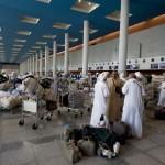 """Il terminal dell'aeroporto è giudicato """"affollato, caotico e sporco"""" dalla maggioranza dei viaggiatori."""