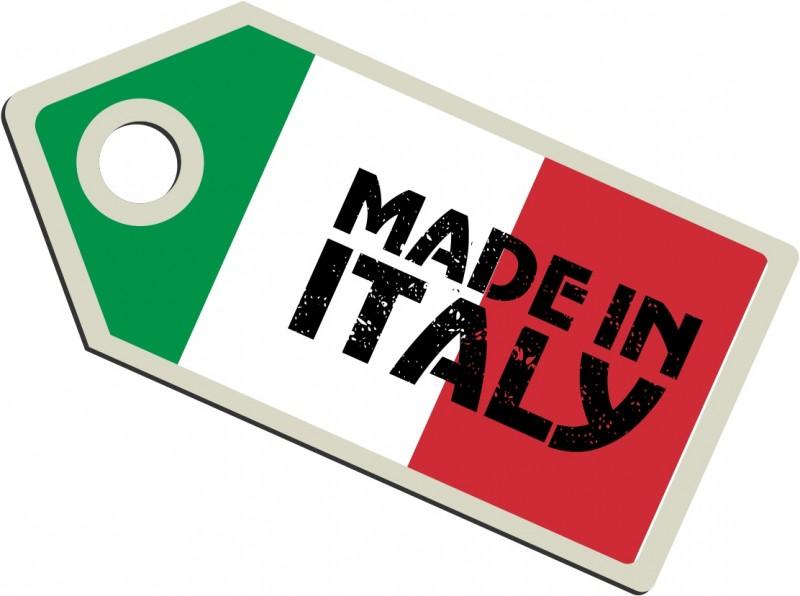 Wearitaly è una piattaforma e-commerce dedicata alla vendita di abbigliamento Made in Italy sotto forma di total look, creati da esperti del settore accostando i migliori prodotti Italiani. Focalizzato sul mercato estero, Wearitaly offre l'esperienza di un personal stylist a tutti gli amanti del Made in Italy.