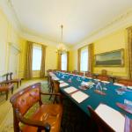 Downing Street 7