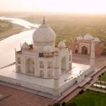 Taj Mahal .