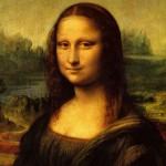 Il soggetto di uno dei dipinti più famosi del mondo rimane un mistero, ma nel 2010 un ricercatore italiano ha rivelato immagini ad alta risoluzione dell'occhio destro della Gioconda, mostrando che erano percettibili le iniziali LV (Leonardo da Vinci), mentre l'occhio sinistro sembrava contenere simboli indecifrabili.