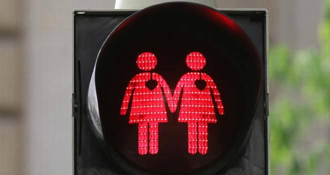 semaforo coppia gay
