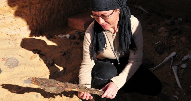 La Dott.essa Corinna Rossi all'interno del sito archeologico