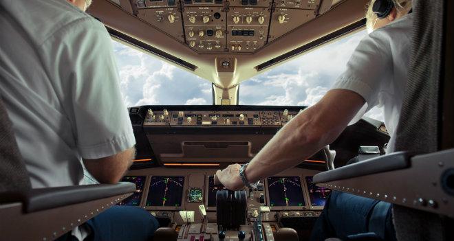 pilota aereo