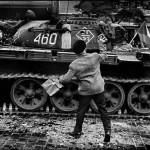 Prague. 1968. Invasione Delle Truppe Sovietiche