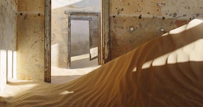 Città Coperta Dalla Sabbia