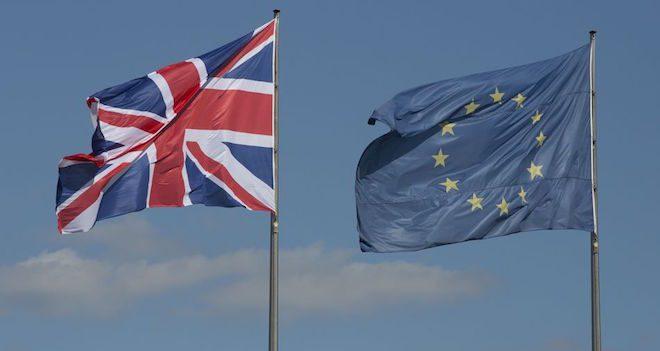 Brexit, niente accordo sui cittadini Ma la Ue: