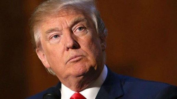 L'8 novembre l'imprenditore americano Donald Trump vince le elezioni presidenziali e diventa il 45esimo presidente degli Stati Uniti, battendo la rivale democratica Hillary Clinton.