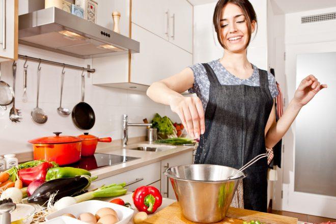 donna-in-cucina
