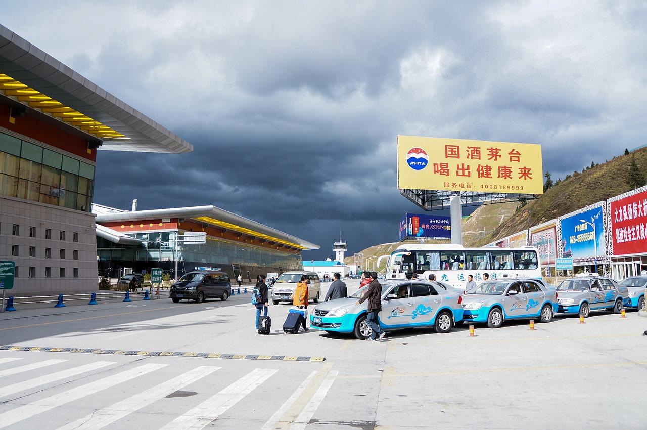 Cina, l'intelligenza artificiale domina il trasporto aereo
